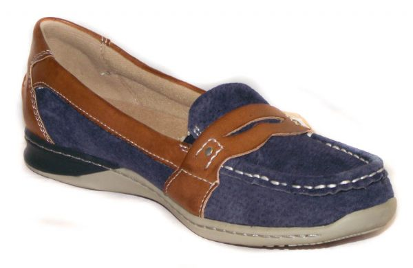 Valdez navy Suede  loafer with tan leather detail